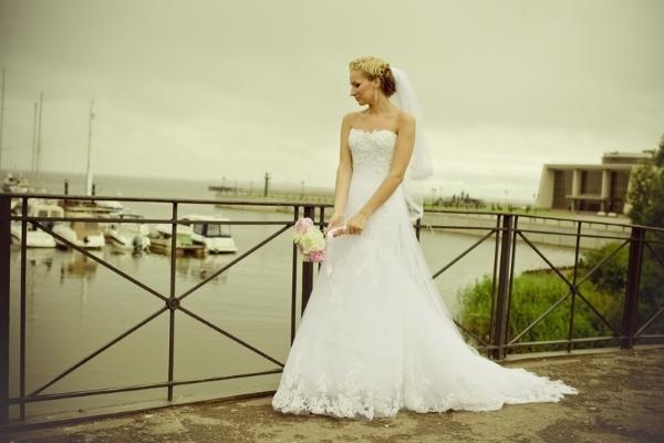 Цена свадьбы средняя